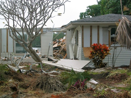 Waterfront house being demolished