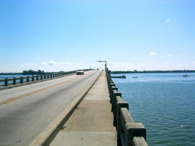 Foot and bike path on the Anna Maria Island Bridge