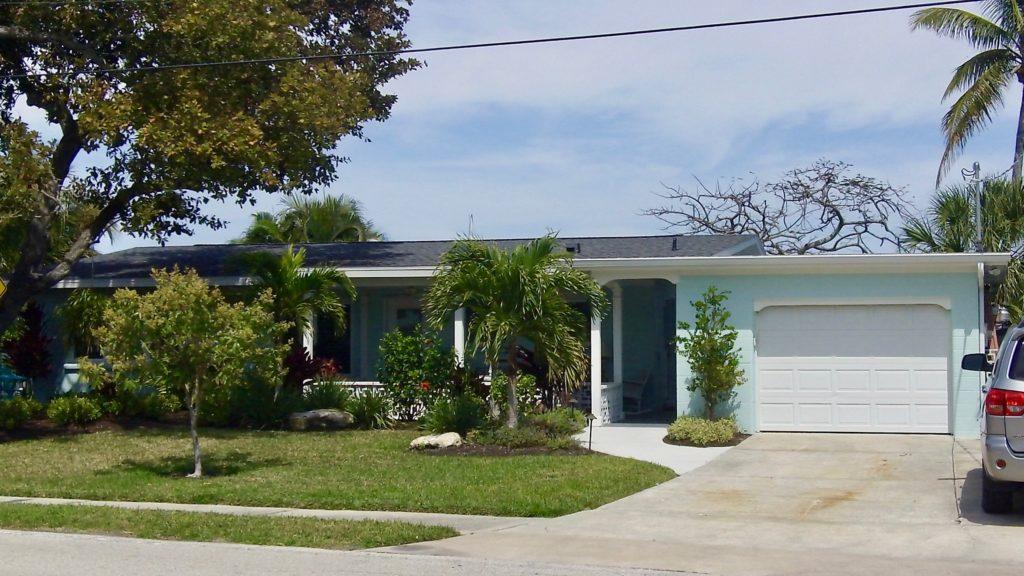8403 Marina Dr, Holmes Beach, Florida